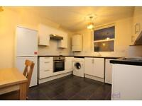 2 bedroom flat in Archway Road, Highgate