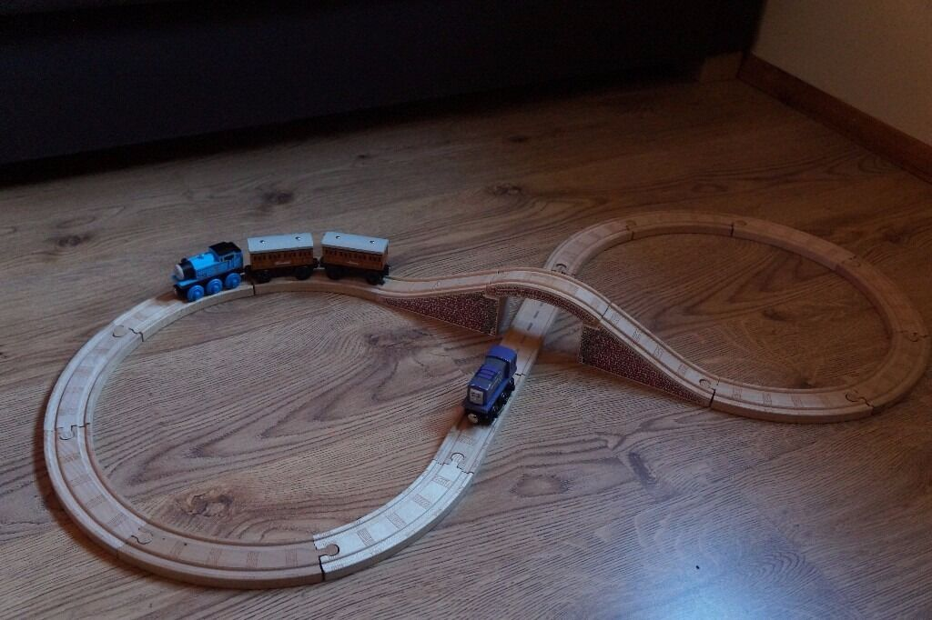 Thomas Wooden track Train Set