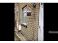 1 bedroom house in School Street, Liversedge, WF15 (1 bed)