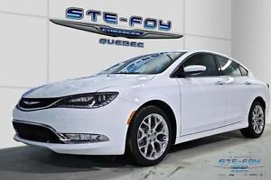 2015 Chrysler 200 AWD C ** Toit ouvrant ** Bluetooth