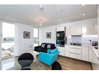 Amazing 1 Bed Apartment in Greenwich, SE10, Concierge, Gym, Terrace, Balcony, River Views- VZ