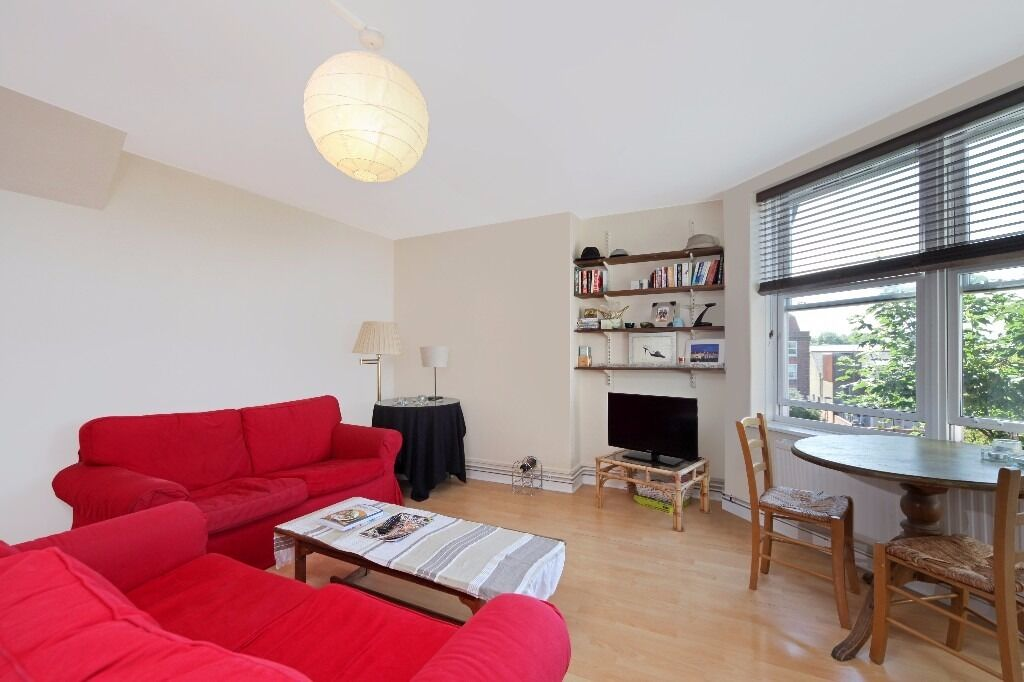 Perfect for sharers - 3 bedrooms - Moments from Parsons Green tube