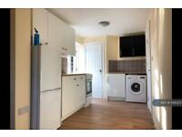 2 bedroom flat in (All Bills Included) Holborn Road, London, E13 (2 bed)
