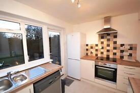 3 bedroom house in Elmshurst Crescent, East Finchley, N2
