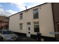 3 bedroom house in Poplar Street, Tydfil, CF48 (3 bed)