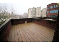 * Secure 5th floor (with lift) 2 double bed flat with a private roof terrace in Hungerford House *