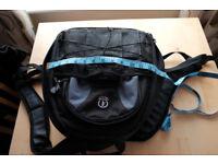 Tamrac Camera Bag Backpack Suit DSLR / SLR Camera, Lens & Flash.