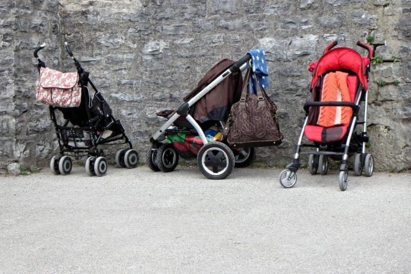 Beim Kauf des Kinderwagens gilt es einiges zu beachten