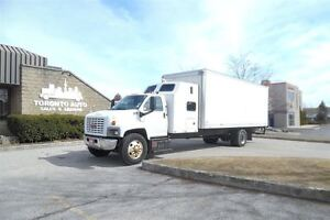 2006 GMC Topkick Double bunk,Air ride,24ft,Diesel.