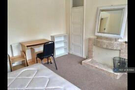 3 bedroom flat in Hills Road, Cambridge , CB2 (3 bed) (#1101994)