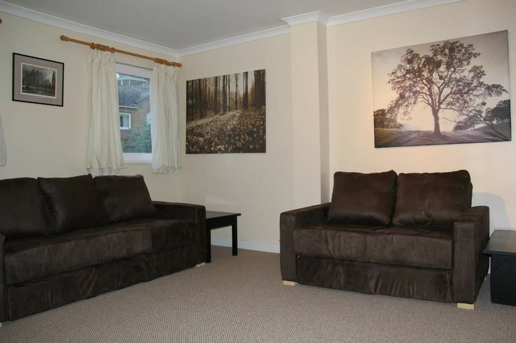 Cyclops Wharf Large Double Bedroom in Sought After Development with Fantastic Amenities