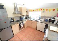 4 bedroom house in Dogfield Street, Cathays, Cardiff