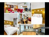 1 bedroom flat in High Street, Edinburgh, EH1 (1 bed) (#1234956)