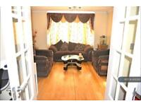 3 bedroom house in Avenue Terrace, Ilford, IG2 (3 bed)