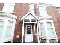 4 bedroom house in Warwick Street, Heaton
