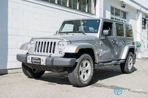 2014 Jeep Wrangler Unlimited Sahara! Navigation! Only 27000kms!!
