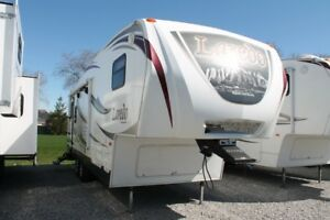 2013 Keystone Laredo 264SLRL Fifth Wheel