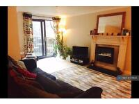 1 bedroom flat in Sutton Wharf, Plymouth, PL4 (1 bed)