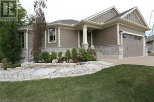 43 ERIN PLACE Grand Bend, Ontario