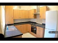 4 bedroom house in Longden Road, Manchester, M12 (4 bed)