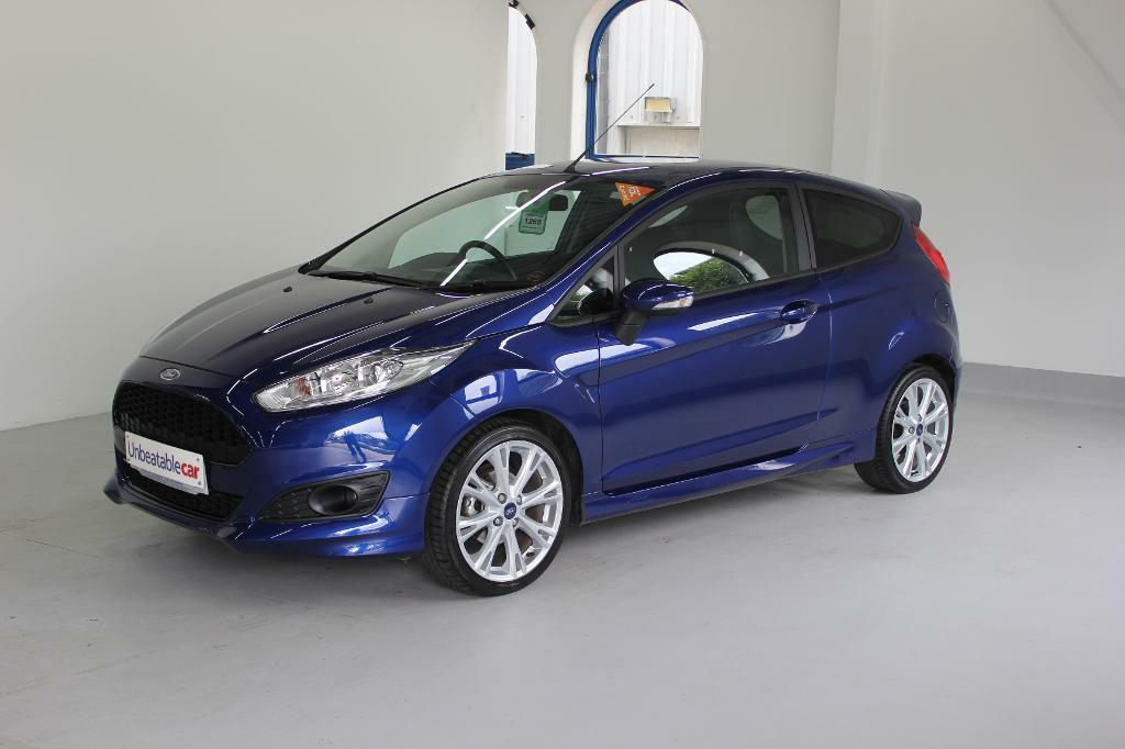 ford fiesta 1 0 ecoboost 125 zetec s 3dr deep impact blue 2015 in crawley west sussex gumtree. Black Bedroom Furniture Sets. Home Design Ideas