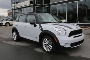 2014 MINI Cooper Countryman Cooper S + TOIT PANORAMIQUE + ALL 4