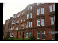 3 bedroom flat in Thornwood Gardens, Glasgow, G11 (3 bed)