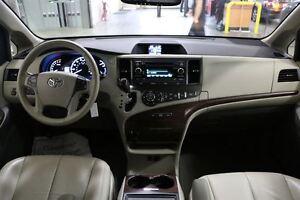 2014 Toyota Sienna 7 PASSENGER XLE LEATHER London Ontario image 15