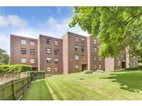 2 bedroom flat in Westmeath House, Brook Road, NW2