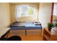 Beautiful single room in Canning Town, 2 weeks deposit!!