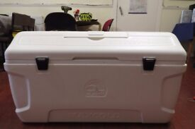 Igloo 156 Litre MaxCold Cool Chest