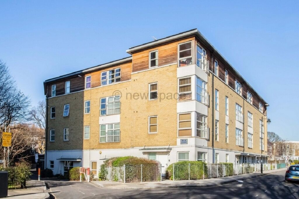 LARGE MODERN 1BED FLAT BY CANAL!! MINS AWAY FROM ANGEL! CHEAP