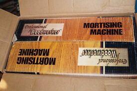 Mortising / morticing machine