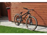 Saracen Amplitude Dirt Bike Size M 2015 model as new unused Shimano Deore Brakes £550 new.