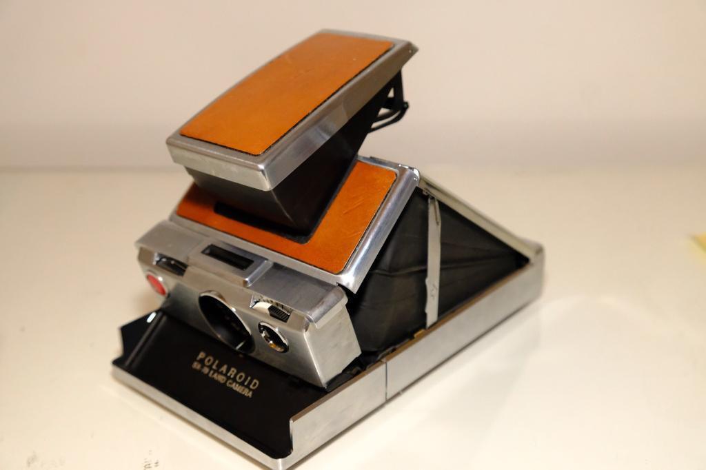 Polaroid SX70 Instant Camera