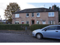 2 bed flat, well presented,1st floor in block of 4, DG,CH,garden,available 13/1/18