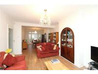 3 bedroom house in Essex Park, Finchley, N3