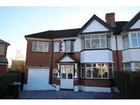 5 bedroom house in East Court, North Wembley