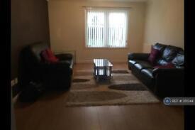 3 bedroom flat in Belrorie Circle, Aberdeen, AB21 (3 bed)