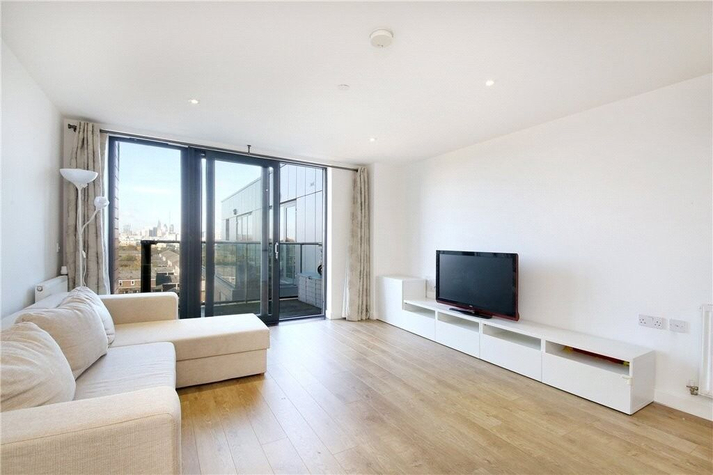 ***NEWLY BUILT 2 BED 2 BATH FLAT WALKING DISTANCE TO CANARY WHARF | AVAILABLE NOW | ONLY £375PW***