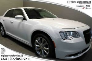 2015 Chrysler 300 Touring AWD Leather Bluetooth - Sunroof