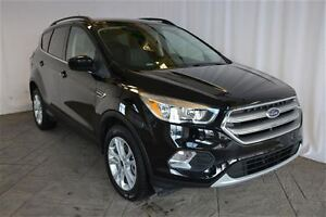 2017 Ford Escape SE AWD ONE OWNER WITH BACK-UP CAMERA