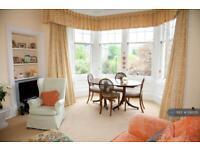 3 bedroom flat in Hermitage Gardens, Edinburgh, EH10 (3 bed)