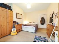 Immaculate 3 bed located a short walk from Brixton station off Acre Lane