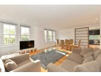 3 bedroom flat in 3 Bed Lexham Gardens, Kensington W8