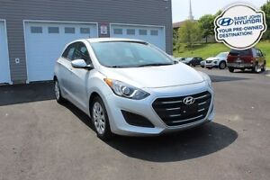 2016 Hyundai Elantra GT L! 6 SPEED! A/C! WARRANTY! 2 SETS OF TIR