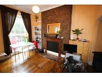 IN THE HEART OF CAMDEN, LARGE 1 BEDROOM FLAT WITH ROOF TERRACE, 3 MINS WALK TO TUBE, CANAL & MARKET