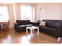 AVAILABLE NOW! 3 DOUBLE BEDROOM FLAT IN RAYNES PARK SW20!