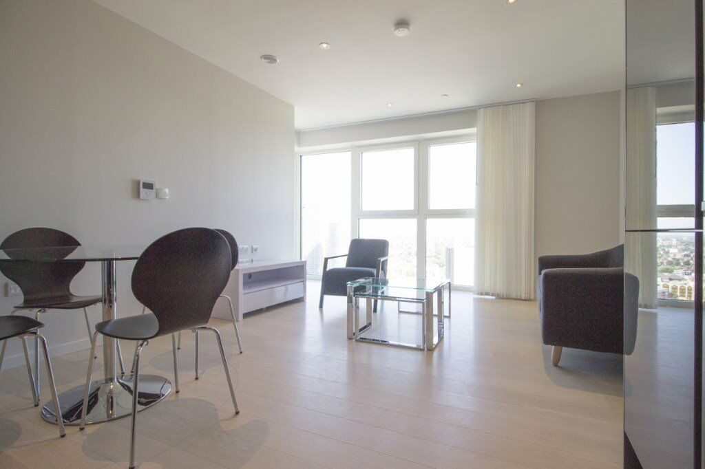NEW LUXURY 1 BEDROOM APARTMENT ON THE 20TH FLOOR CASSIA POINT GLASSHOUSE GARDENS STRATFORD WESTFIELD
