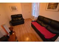 5 bedroom house in Talworth Street, Roath, Cardiff
